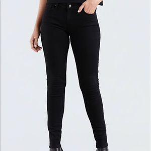 Black NEVER USED 711 Skinny Levi Jeans size 24